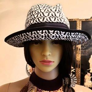 🌷NEW🌷CHARMING CHARLES-Black/White Woven Hat